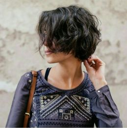 Short messy pixie haircut hairstyle ideas 81