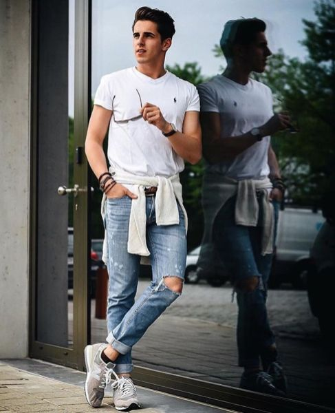 Stylish men's jeans outfits ideas in 2017 12