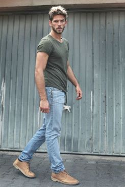 Stylish men's jeans outfits ideas in 2017 37