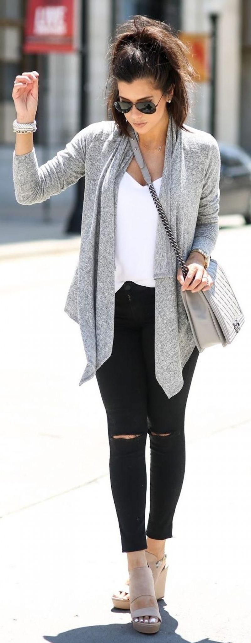 Tips how to wear cardigans and leggings in this fall 30