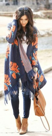 Tips how to wear cardigans and leggings in this fall 6