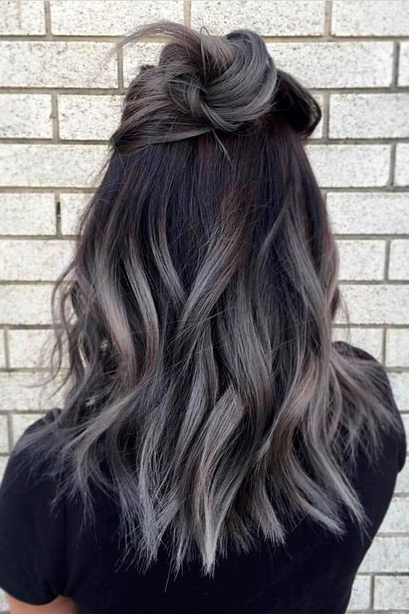 Trendy ombre hair coloring that must you try 36