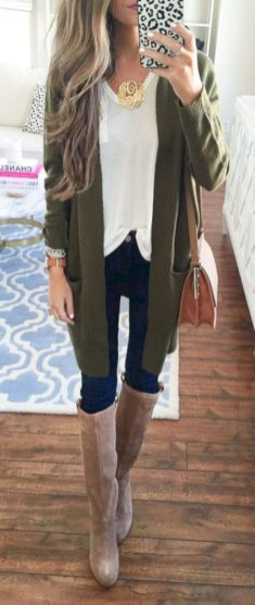 Cardigan outfit 18