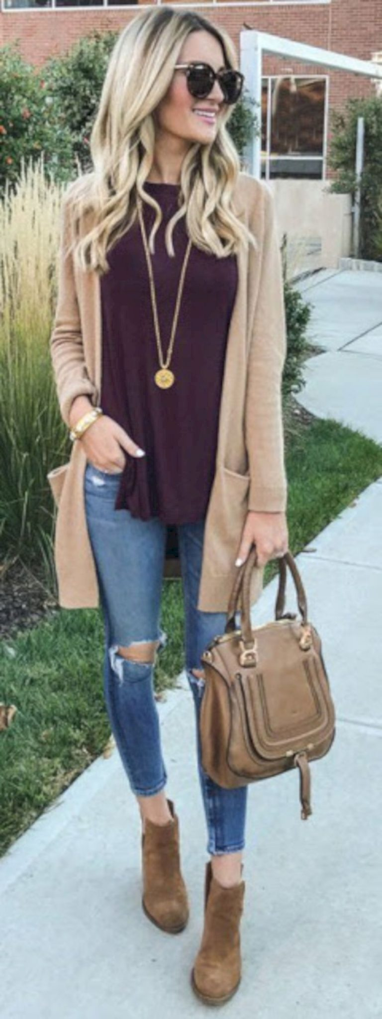 Cardigan outfit 39