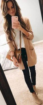 Cardigan outfit 48