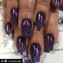 Halloween nails that you must try at halloween party 3