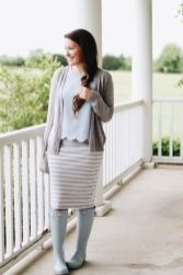 Inspiring skirt and boots combinations for fall and winter outfits 15