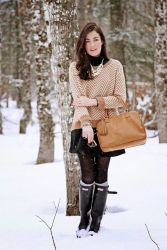Inspiring skirt and boots combinations for fall and winter outfits 73