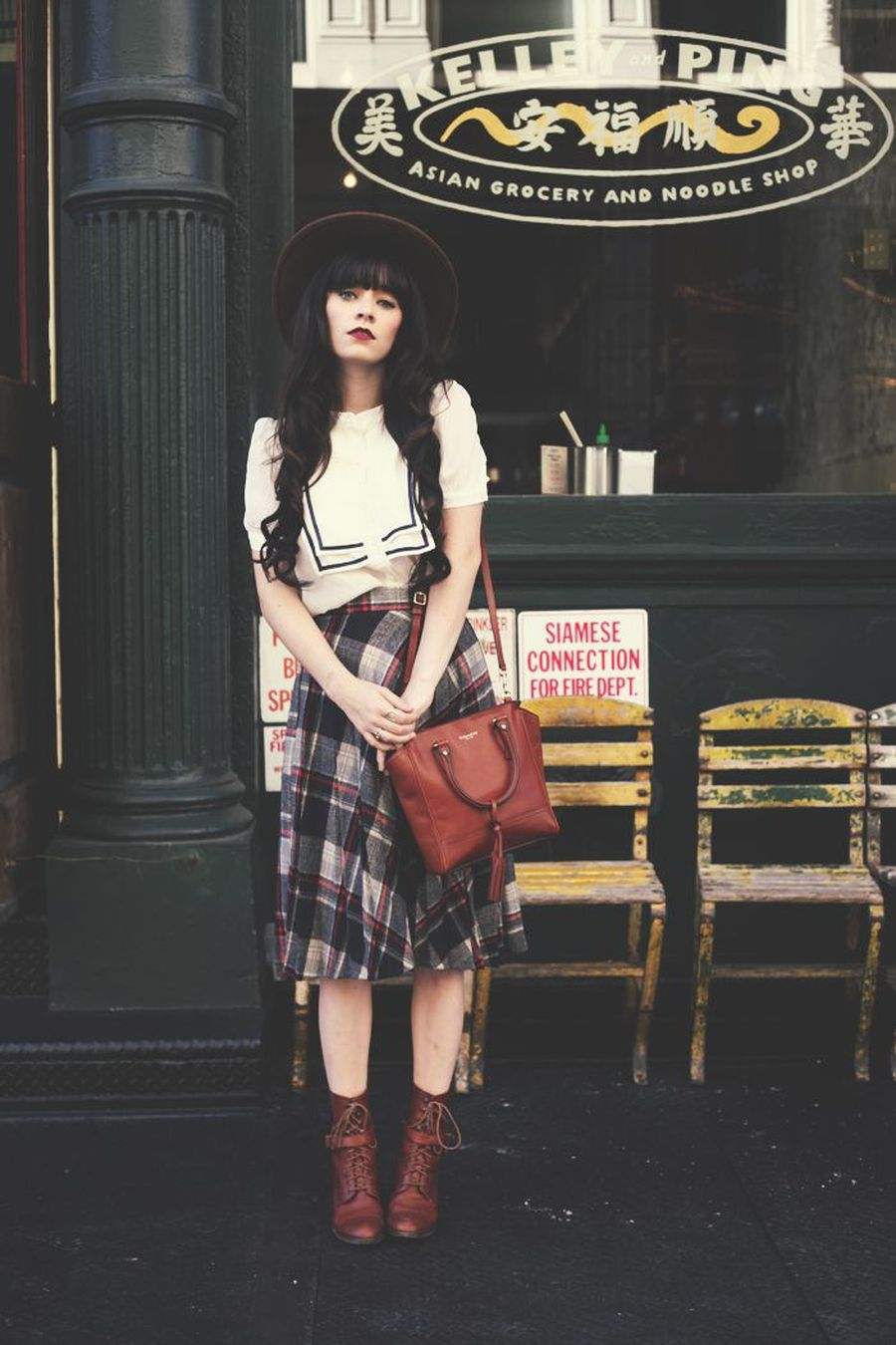 Inspiring skirt and boots combinations for fall and winter outfits 75