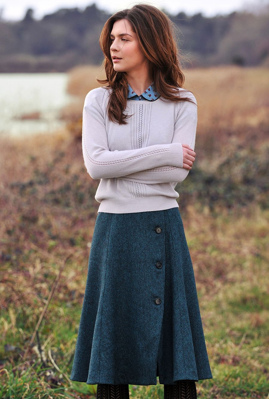 Skirt trends ideas for winter outfits this year 56