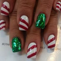 Cool holiday nails arts 46