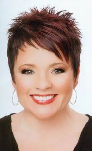 Fabulous over 50 short hairstyle ideas 31