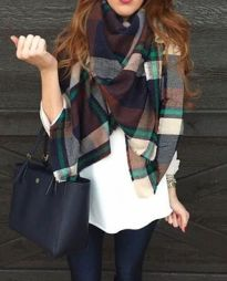Fashionable scarves for winter outfits 103
