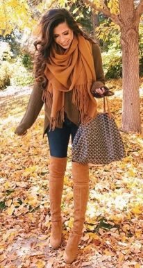 Fashionable scarves for winter outfits 120