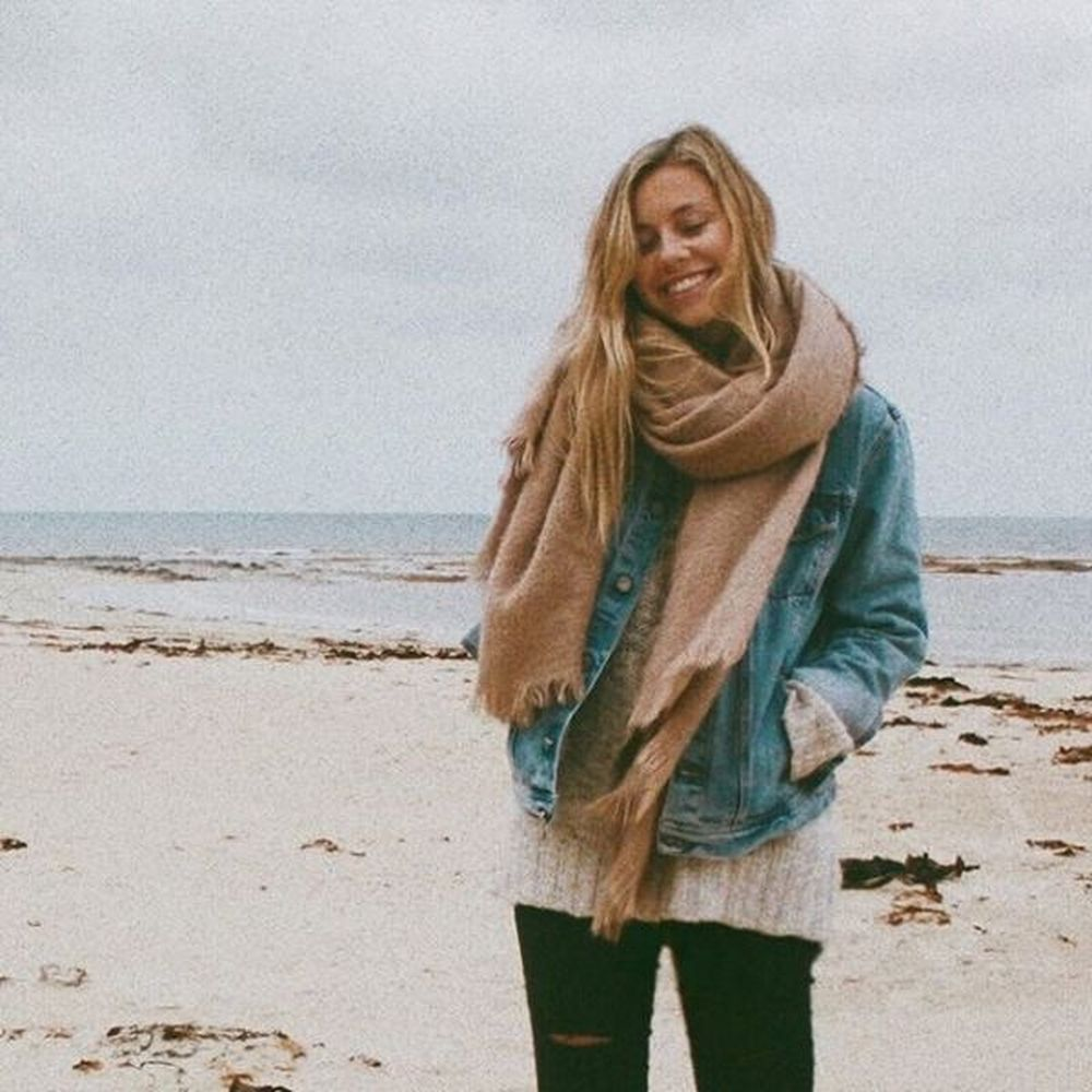 Fashionable scarves for winter outfits 92