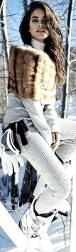 Fashionable women snow outfits for this winter 34