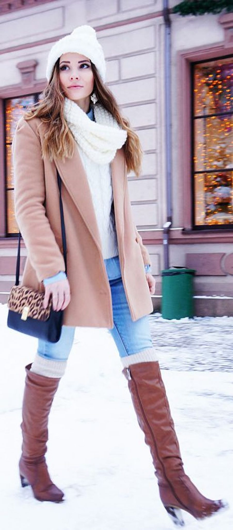 Fashionable women snow outfits for this winter 7