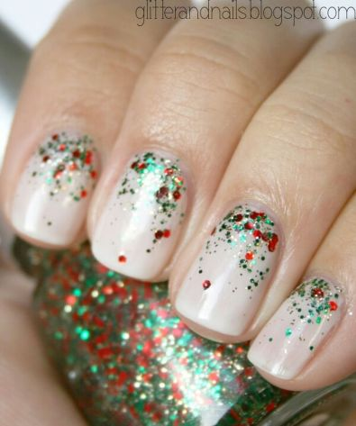 Gorgeous christmas nails ideas 13
