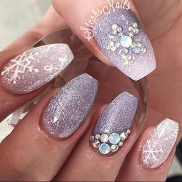 Gorgeous christmas nails ideas 132