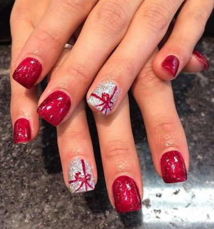 Gorgeous christmas nails ideas 133
