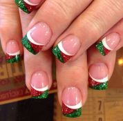 Gorgeous christmas nails ideas 38