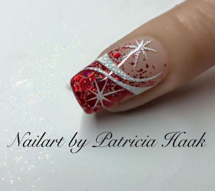 Gorgeous christmas nails ideas 83