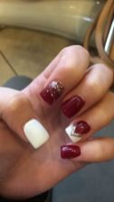 Gorgeous christmas nails ideas 9