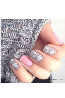 Gorgeous christmas nails ideas 96