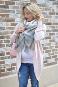 Maternity fashions outfits for fall and winter 30