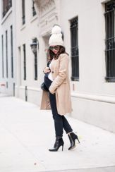 Maternity fashions outfits for fall and winter 46