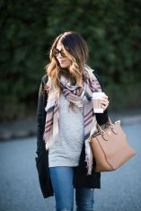 Maternity fashions outfits for fall and winter 56
