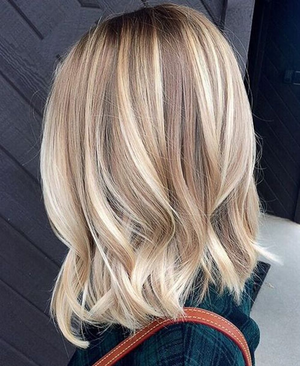Stylish blonde lobs haircut ideas 15