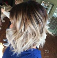 Stylish blonde lobs haircut ideas 35