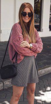 Fashionable oversized sweater for winter outfit 21