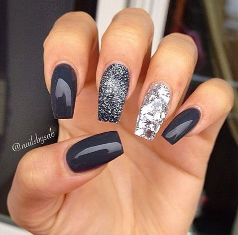 Pretty winter nails art design inspirations 34