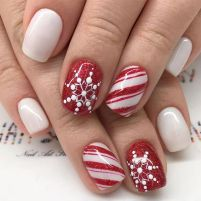 Pretty winter nails art design inspirations 43