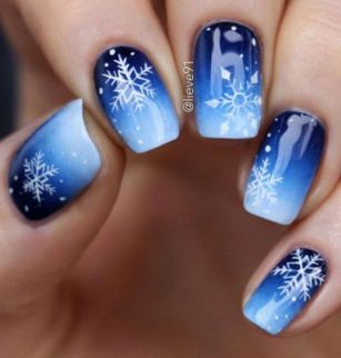 Pretty winter nails art design inspirations 77