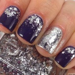 Sweet acrylic nails ideas for winter 110
