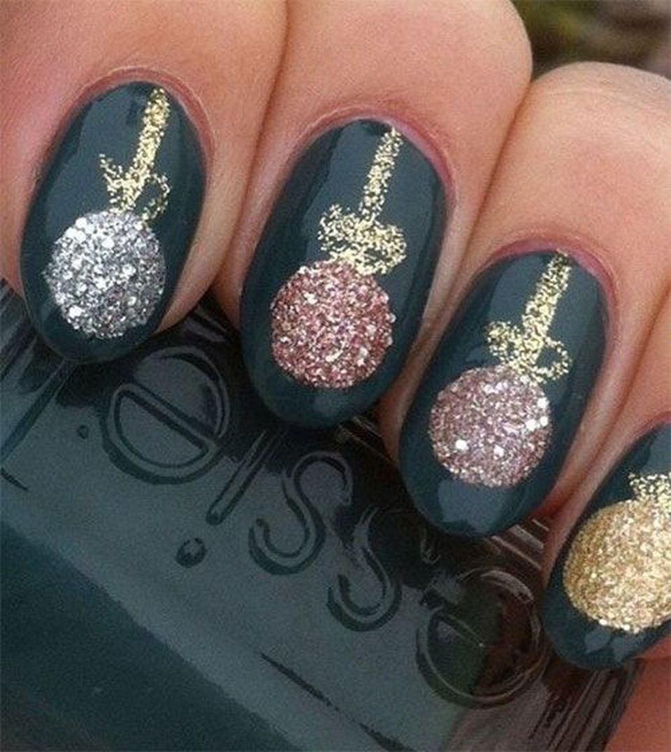 Sweet acrylic nails ideas for winter 25