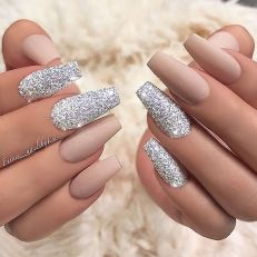130 Fresh Ideas To Make Glitter Acrylic Nails For This Winter