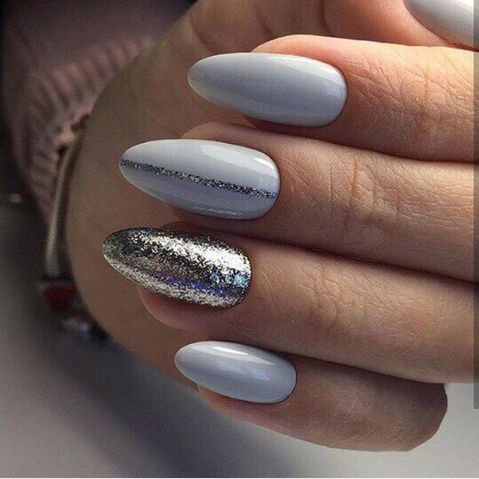 Sweet acrylic nails ideas for winter 35