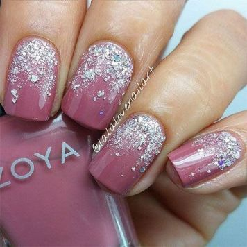 Sweet acrylic nails ideas for winter 56