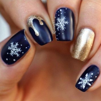 Sweet acrylic nails ideas for winter 57