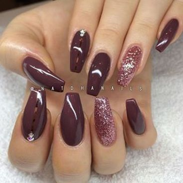 Sweet acrylic nails ideas for winter 59