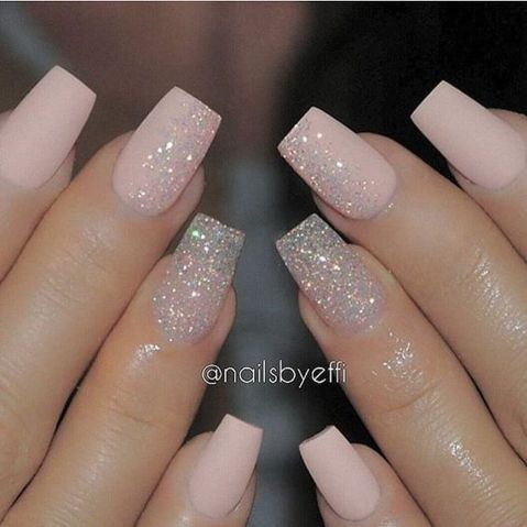 Sweet acrylic nails ideas for winter 96