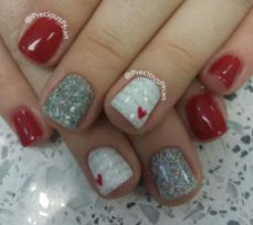 Lovely valentine nails design ideas 1