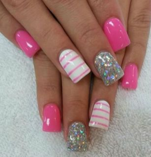 Lovely valentine nails design ideas 21