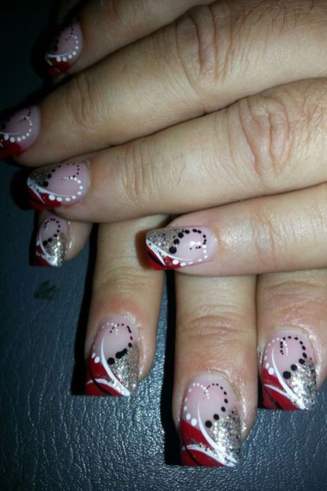 Lovely valentine nails design ideas 65