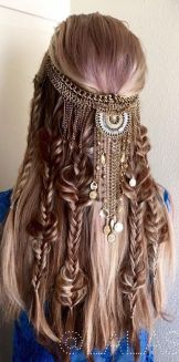 Stunning boho coachella hairstyles ideas 1
