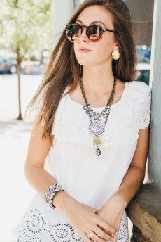 Beautiful Plunder Necklace Ideas for Summers 15